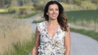 Sonja Aldén kör premiär på sin första streamade konsert, på VOYD, den 14 maj.