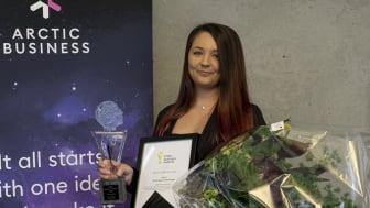 Sandra Nilsson från Arctic Space Technologies tog mot priset för Årets startup 2020.   Foto: Zandra Klasson