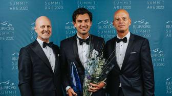 Årets Bjurforsmäklare Daniel Adelsson (mitten) tillsammans med Mats Ljung (t.v.) och Ola Lundqvist (t.h.)