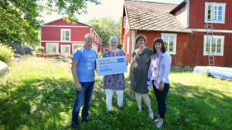 På bilden: Patrick Karlsson (ordförande KFUM Malmö), Vesna Sinobad (projektledare Hallaskog), Margareta Israelsson (ordförande Parasport Sverige), Malin Brant-Lundin (marknads- och kommunikationsdirektör KONE Skandinavien)