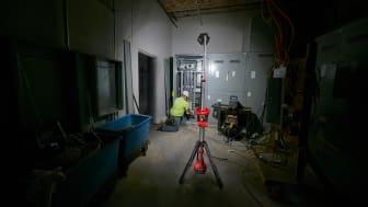 Milwaukee lanserar två unika arbetslampor i TRUEVIEW™ serien