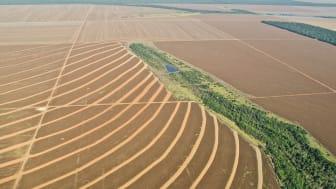 Uppodlad f.d. skogsmark i Mato Grosso i Brasilien. Foto: Riccardo Pravettoni (https://www.grida.no/resources/3125)