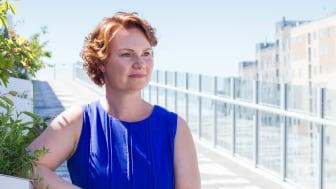 """""""Introverte har ofte vist sig som de skjulte helte under coronaen. De er kommet tydeligere frem på de virtuelle møder, hvor de har fået lov til at shine med deres gode ideer,"""" siger Mikala Larsen, HR-direktør i Nestlé Danmark (foto: Suezanna Zenani)"""