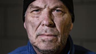 """Under mars månad genomför Frälsningsarmén en insamling under temat """"Ingen föds hemlös"""". Kampanjbild."""
