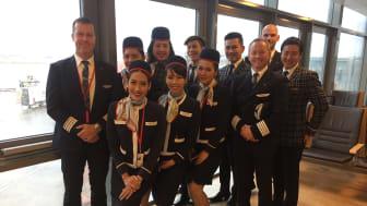 Norwegians piloter og kabinansatte før Norwegians aller første flygning fra Oslo til Las Vegas