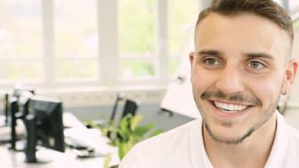 """Sandro ist einer von fünf Auszubildenden, der in der BPW Videoserie """"Was soll nur aus Dir werden?"""" (#WSNADW) einen Einblick in seine Ausbildung als Technischer Produktdesigner gibt."""