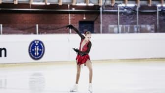 Anita Östlund tävlar under VM i konståkning i Milano.