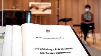 Mit dem Projekt BachBewegt!Singen! engagieren sich dm und die Bachakademie für eine besonders nachhaltige Form der Musikvermittlung