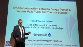 Norconsult med to foredrag på Clima 2016 - T. Thorgeir Harsem presenterete to artikler på Clima 2016. Begge hadde sitt utspring i det avsluttede forskningsprosjektet Lavenergisykehus. (Foto: Norconsult).