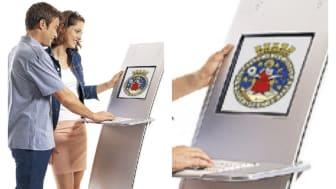 Et eksempel på en interaktiv informasjonsskjerm.