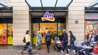 8,4 Milliarden Euro Umsatz erzielte dm in Deutschland im Geschäftsjahr 2018/2019 © dm/ARTIS-Uli Deck