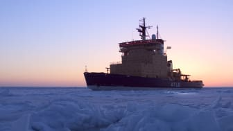 Nytt svensk-finskt samarbetsavtal för nya isbrytare