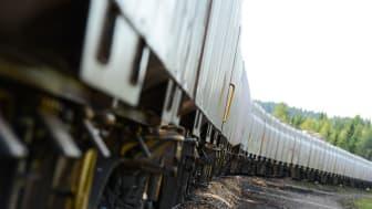 Det just nu är en stor efterfrågan på järnvägskapacitet, en utvecklad Inlandsbana kan avhjälpa eller begränsa brister i det norrländska järnvägssystemet