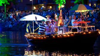 Sedan 2015 genomförs Ljusfesten i kommunal regi och under de två senaste åren har Ljusfesten med både scenframföranden och båtparad arrangerats på Tullportsplatsen i Ängelholm.