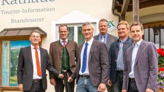 Presseinformation: Bayernwerk-Netzbaumaßnahme erhöht Versorgungssicherheit in Marquartstein, Unterwössen und Reit im Winkl