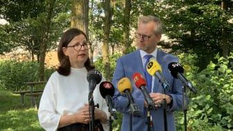 Minstrarna träffade media på Källebergsskolan