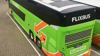 FlixBus minskar bussens koldioxidutsläpp med solpaneler