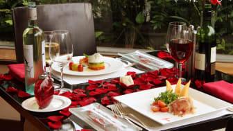 Romantic Opulence, Rosso
