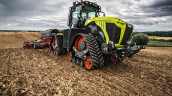 Tractors with crawler tracks – XERION 5000