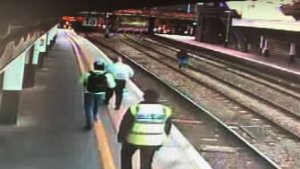 Fare-dodger who assaulted rail staff and ran down the tracks jailed