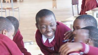 Bengt Dahlgren tar ytterligare ett initativ i Tanzania. Ger årets julgåva till Mavuno Girls Model Secondary School.