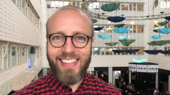 Olle Pallin Cox arbetar som regionombud på Bris i Stockholm där han bland annat samverkar med och utbildar organisationer och företag inom region mitt
