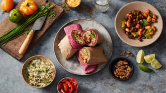Burrito-Lunch-Wrap-with-Beetroot-Tortilla-horizontal