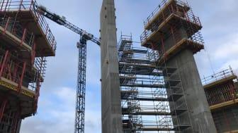 Den första pelaren i Helsingborgs nya vattentorn står nu färdig.