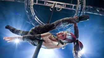 "Cirkus Cirkör ""Wear it like a crown"" - Mistress of Mayhem - Anna Lagerkvist."