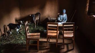 Spès Nihangaza. Barn med hiv får stöd av barnrättshjälte i Burundi
