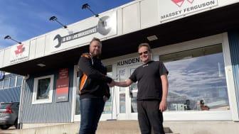Jimmy Arvidsson, Säljare på Delvator och Roland Hellberg på Heby Lantbruksservice.