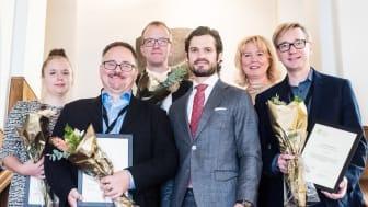 Ola Andersson (andra fr. v.), överläkare i neonatologi på Skånes universitetssjukhus och forskare vid Lunds universitet, fick ta emot anslag från Lilla Barnets fond från prins Carl Philip. FOTO: Catarina Harling