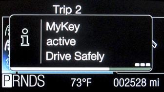 Ny teknik från Ford hjälper föräldrar hindra unga bilförare från att ringa eller SMS:a bakom ratten