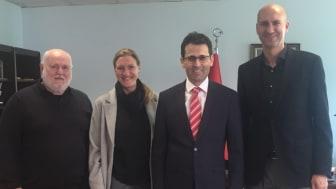 (v.li.): Prof. Uwe Hochmuth, Monika Schwab, Nevzat Arslan, Prof. Özer Pinar.