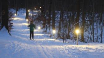 Lysløjpen med skiløber