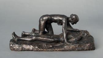 Gustav Vigeland: Old Woman Watching Her Husband Die, 1898. Bronze. Vigeland Museum, Oslo