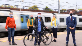 Nurse Jane O'Connor is the first winner of six bikes abandoned at Thameslink stations that have been refurbished. From left: Rona Wightman (secretary STACC), Cllr Jacqui Taylor, Jane O'Connor, Daisy Cooper MP and Thameslink MD Tom Moran