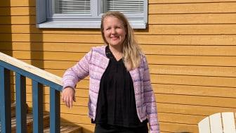 """""""Asumisen hiilijalanjälkeä onkin helppo pienentää tehokkaalla tilankäytöllä ja fiksuilla tilaratkaisuilla"""", toteaa somevaikuttaja Ami Värtö."""