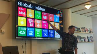 Mikael Brändström föreläste om hållbarhet.