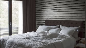 CapturedReality2_Bedroom_Old_Wood_Wall_item_E021001-4_PR
