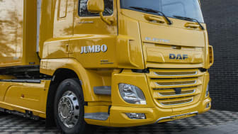 DAF Trucks har levererat sin första helt eldrivna lastbil till den nederländska butikskedjan Jumbo.