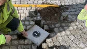 Smarta sensorer mäter trycket på parkeringsplatser i Eslövs centrum.