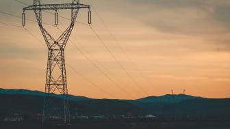 Globala energipriser faller, men de europeiska håller i sig