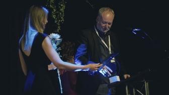 Jakob Stegelmann har modtaget årets OFF's Ærespris
