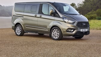 Omfattende facelift til Fords luksusbus: Den helt nye Ford Tourneo Custom
