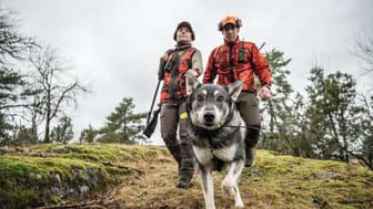 Garmin Alpha 200i koirapaikannin inReach satelliittiviestintäteknologialla lisää turvallisuutta ja helpottaa kommunikointia metsällä