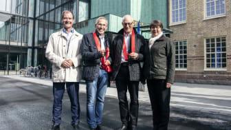 Fr v Mårten Lilja, vice vd Riksbyggen, Bengt Engberg, vd på AB Bostäder, Michael Ekberg, regionchef på Riksbyggen, och Kerstin Hermansson, kommunalråd (C) i Borås Stad.