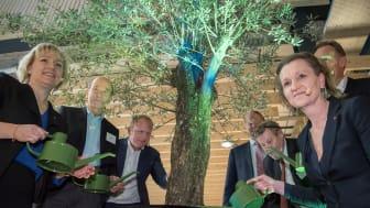 Nu är Södertälje Science Park och nya KTH invigd och därmed startar en rad spännande samarbeten och projekt. *