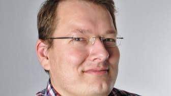 Johan Zaxmy, adjunkt i informationsteknologi vid Högskolan i Skövde, är nominerad till Guldäpplet.
