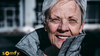Ett smart hem kan hjälpa många äldre människor till en enklare vardag